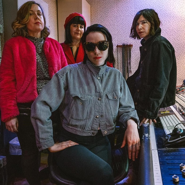 Sleater-Kinney with St. Vincent in the studio