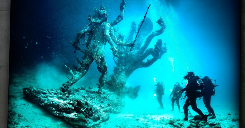 """Still from """"Treasures from the Wreck of the Unbelievable"""""""