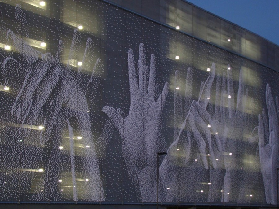 Hands,_San_Jose,_California_2010