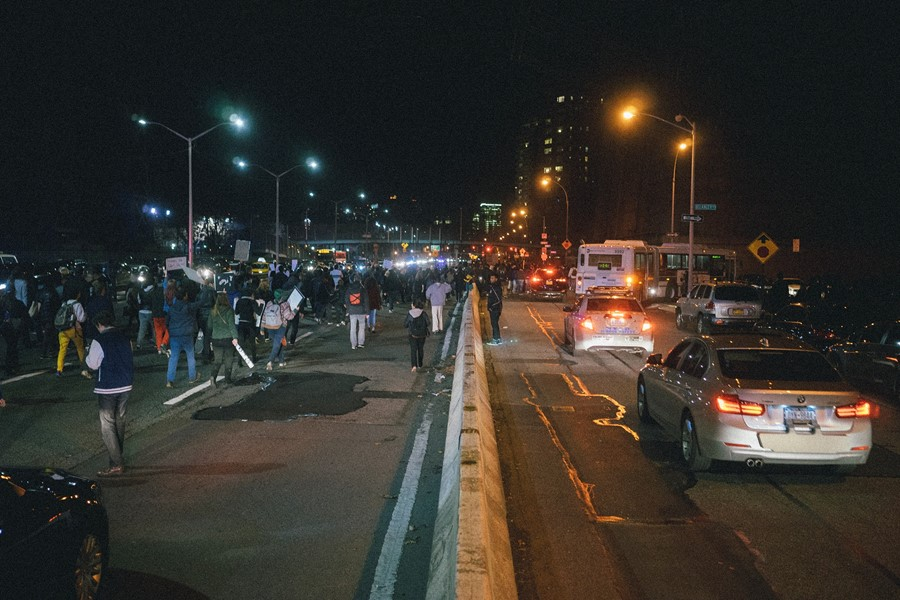 Manhattan Bridge Ferguson protests New York