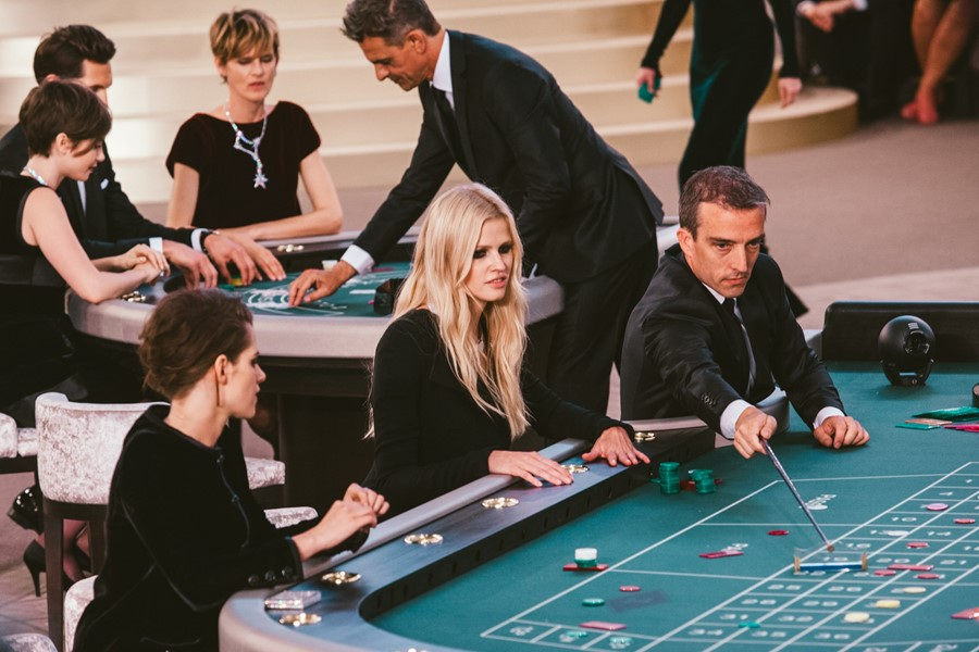 Chanel Couture AW15 casino