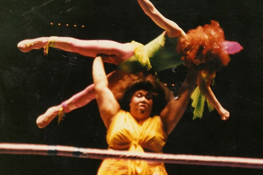 Still from the original GLOW 1