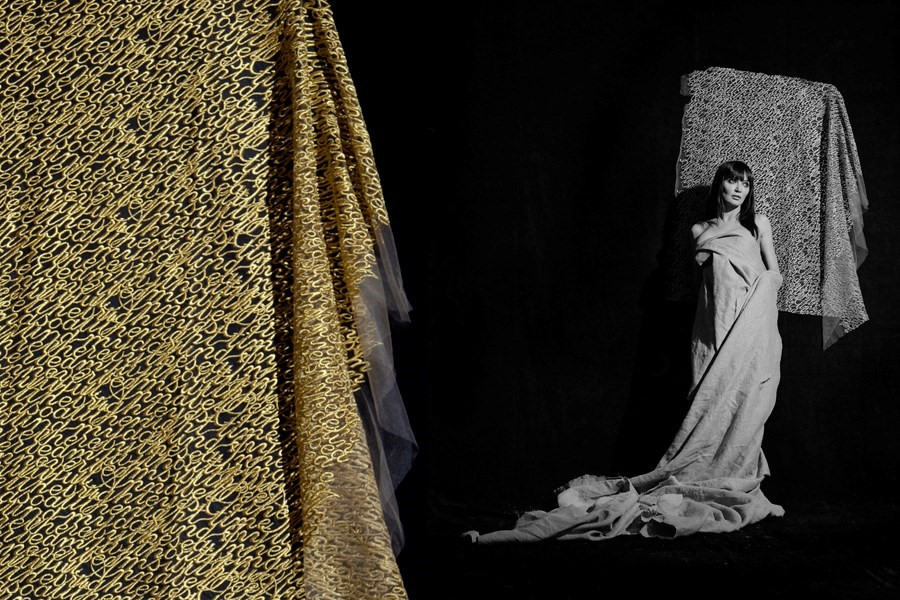 Ann Ray's The Unfinished – Lee McQueen