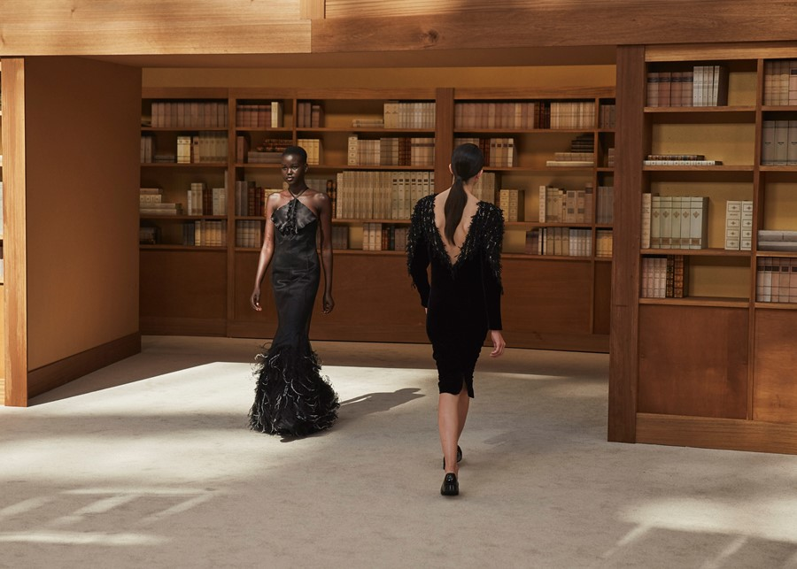 Chanel AW19 Couture Virginie Viard Paris Adut Akech
