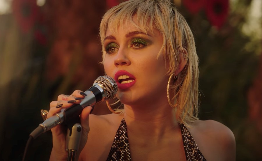 Miley Cyrus performs Sweet Jane, Backyard Sessions