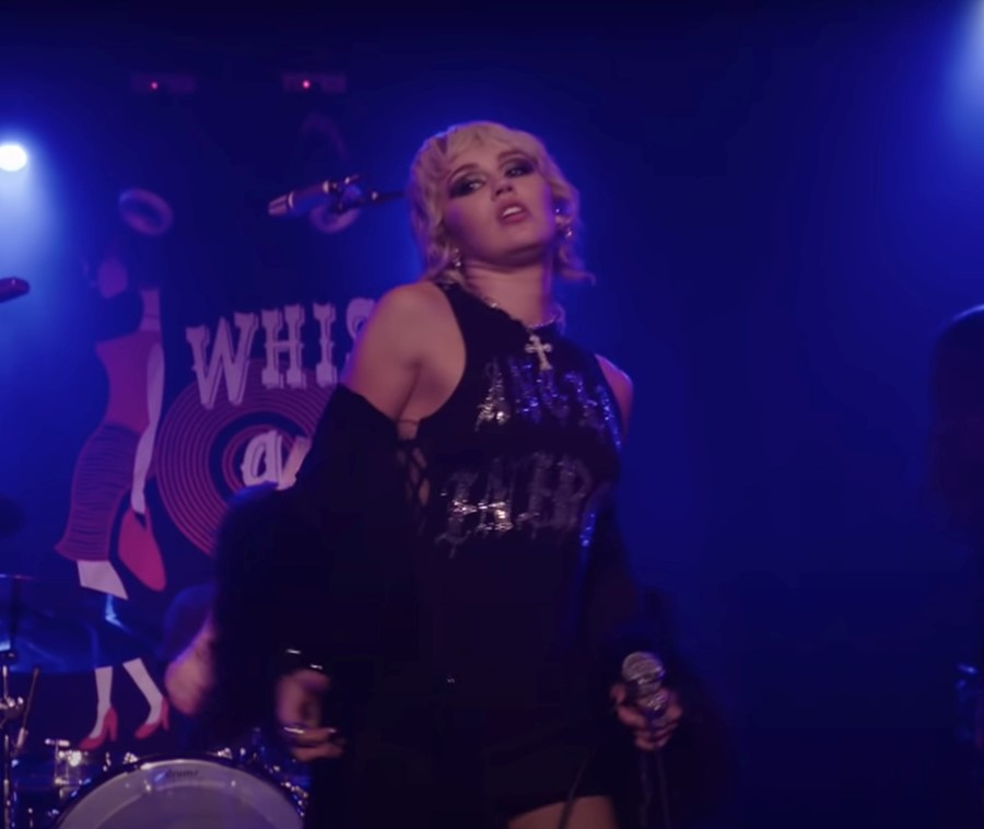 Miley Cyrus performs 'Zombie'